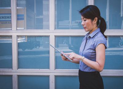 Scholarships for Female Entrepreneurs Available; Deadline Fast Approaching